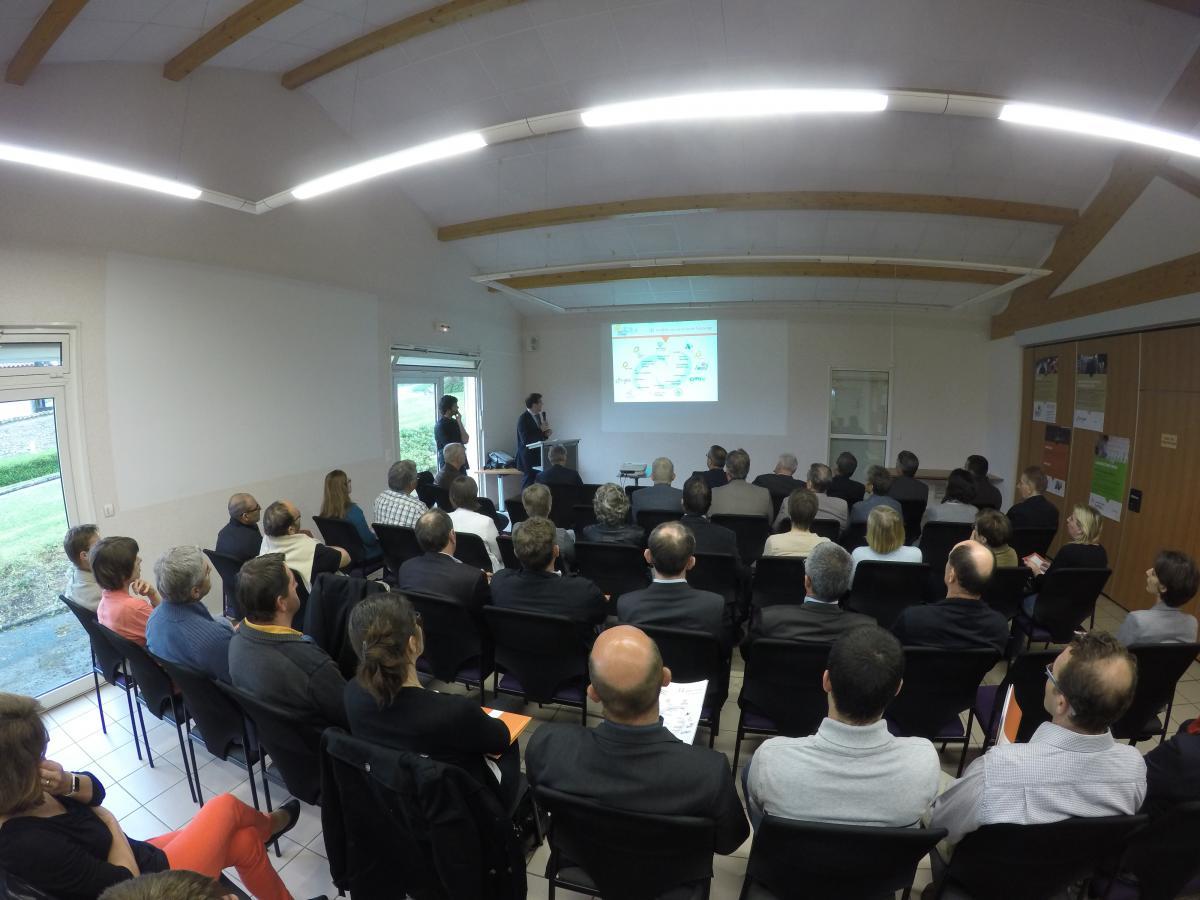 Inauguration officielle du nouveau laboratoire d 39 analyse for Laboratoire d analyse salon de provence
